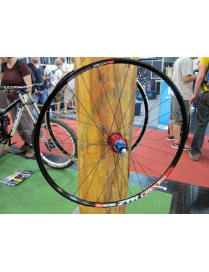 Just when you thought the 650b wheel format wasn't going to make it, Tune have decided to toss their support behind it with this new wheelset