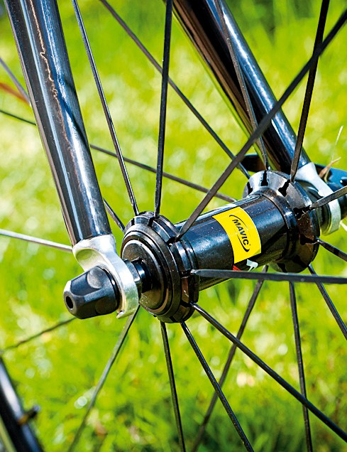 The race version of the Mavic Aksiums keeps things rolling quickly