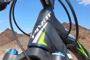 Pivot's new Mach 5.7 Carbon features a tapered head tube