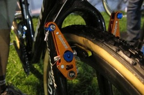Rabobank's custom long armed low-profile cyclo-cross brakes, also equipped with SwissStop Yellow King pads