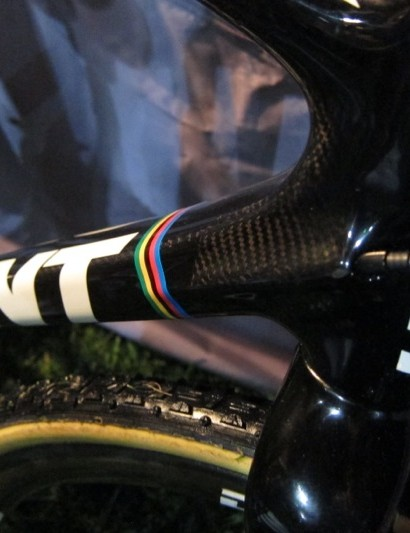 TCX Advanced SL routes cables internally