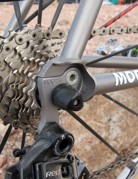 Moots fits the new Psychlo X RSL with a replaceable derailleur hanger