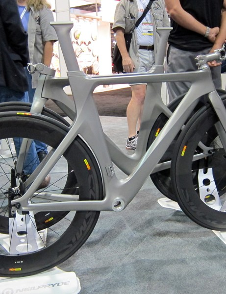 NeilPryde previewed its new Bayamo time trial/triathlon bike at this year's Interbike show