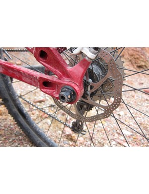 Devinci utilizes a tooled 142x12mm rear through-axle