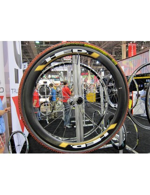 HED's new disc-compatible Stinger looks to be among the highest-end disc offerings for 2012.