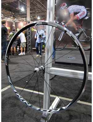 HED's Ardennes range of aluminum road clinchers and tubulars remains one of our favorites for 2012 thanks to its forward-thinking wide rim profiles.