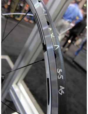 HED offers its Ardennes wheels in both clincher and tubular variants.
