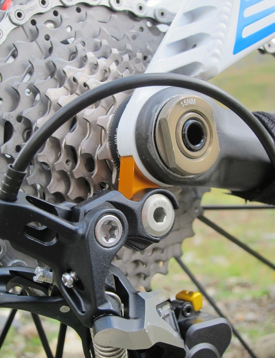 The Occam's replaceable derailleur hanger is integrated into the concentric axle