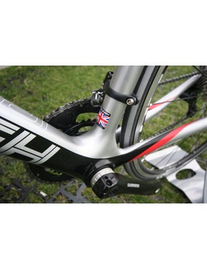 Standard BB still provides enough stiffness through the chain stays under load