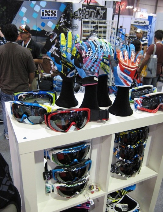 Gloves and goggles to match iXS' Phobos helmets 14 color options