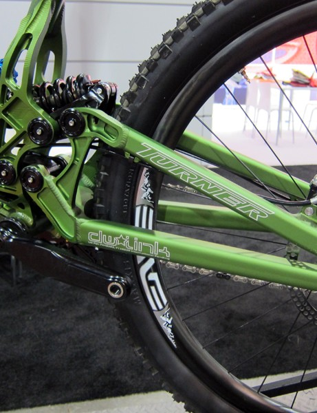The rear suspension setup on Turner's DHR downhill racer is notably low and compact.