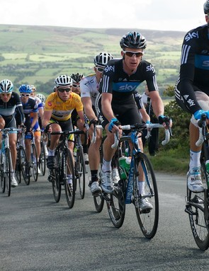 Sky and HTC lead up Gun Hill in stage 3