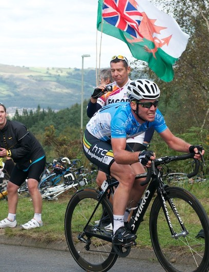 Stage 4: Cavendish battling to stay in touch