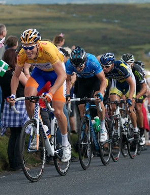 Stage 5: Boom leads the bunch across Dartmoor