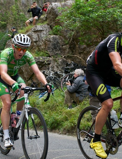 Stage 6: Three attackers lead up Cheddar Gorge