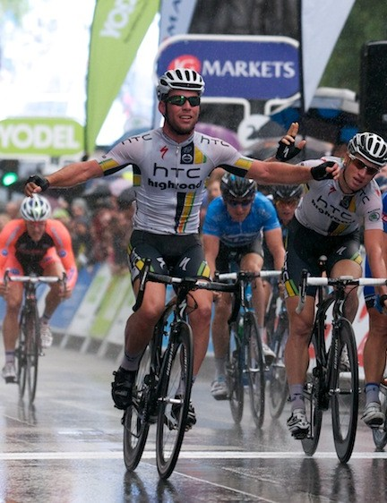 Stage 8b: Cavendish takes his second stage win in Whitehall