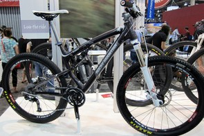 Rocky Mountain has done a superb job of recreating the look of its carbon bikes in aluminum for the revamped Element series.
