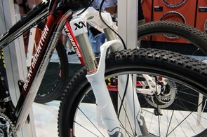 The top-end Rocky Mountain Vertex 990RSL will feature a RockShox SID XX fork with a tapered steerer and thru-axle dropouts.