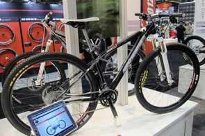 The second-tier Rocky Mountain Vertex 970RSL will use the same frame as the top model but will sub in heavier parts to bring the price point down.