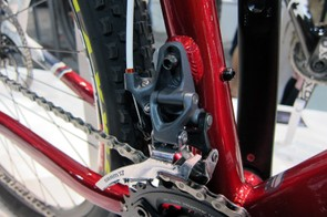 Alloy Rocky Mountain Vertex frames are equipped with high direct-mount front derailleurs.