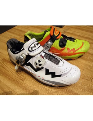 Northwave's new Extreme Tech MTB shoes are available in a bright white or an even brighter neon yellow and orange finish.  They'll cost US$279.99 once they become available some time in October