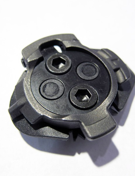 Speedplay has built the rotation function of the new Syzr mountain bike pedal into the cleat itself.