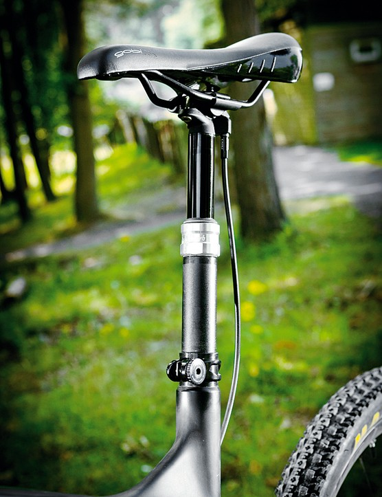 Reverb remote  dropper seat  post sorts your seating position