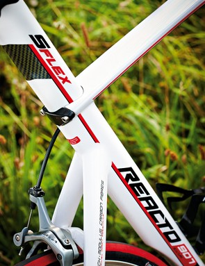 The faux integrated seatmast is actually a clamped seatpost