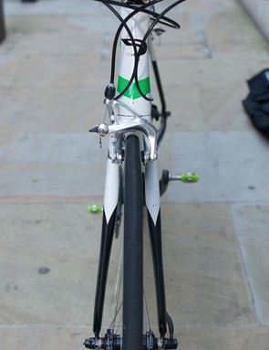 Front view of head tube and fork profile