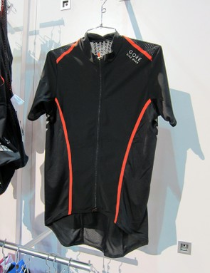The Gore Bike Wear Xenon jersey is especially airy and lightweight