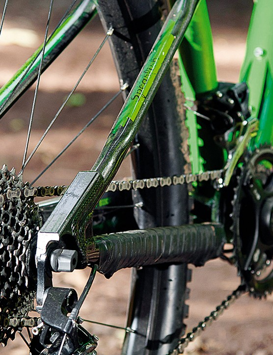 SRAM X9 gears and cranks take care of transmission