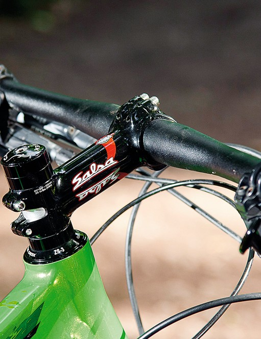 Salsa bar and stem round out the finishing kit