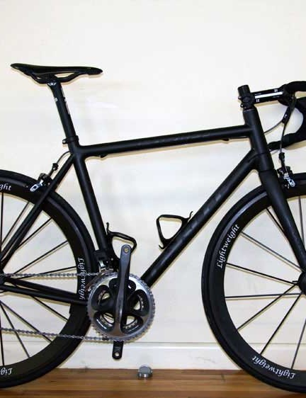 The new-for-2012 Parlee Z5SLi, a Shimano Di2-compatible version of their lightest production road frame