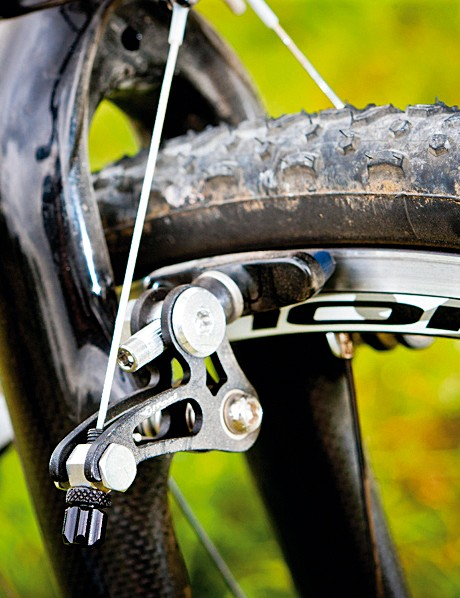 The tifosi brakes offer plenty of bite for smart stopping