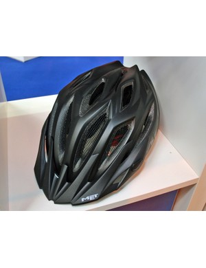 The Crossover is designed for mountain bikers who also ride on road and want to use the same helmet for both