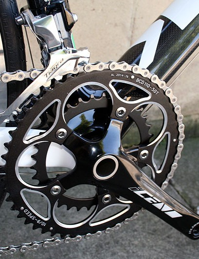 The compact crankset of the Mekk 2G Poggio P20
