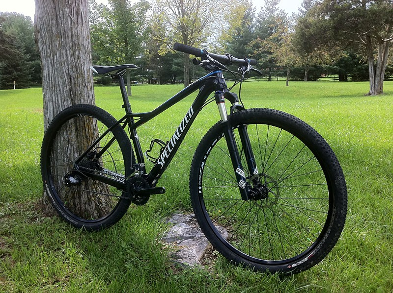 The Specialized Fate Comp 29er looks sleek and stealthy in black