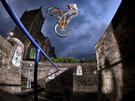 The Red Bull Street Light Sessions head to Manchester this weekend for more street trials action, following a successful first event at Castle Park in Bristol