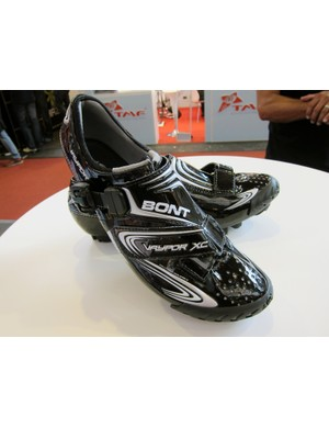 Bont will add a new off-road version of its top-end Vaypor shoes for 2012.  The appearance is similar but the upper construction is slightly revised and the sole construction is completely different for better walkability.
