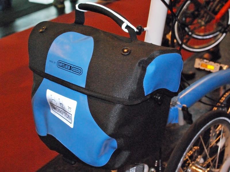 Brompton's Ortleib day bag
