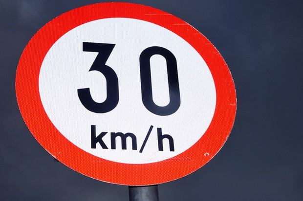 An EU-wide speed limit of 30kmh could be imposed in residential areas