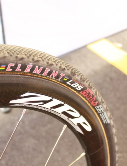 Clement's new LAS file-tread