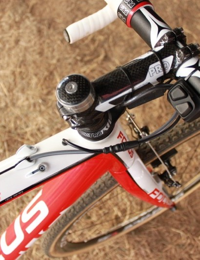 The Di2 wires are custom routed through the frame