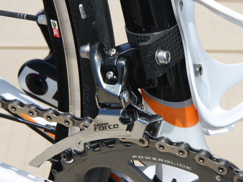 Parlee use their own trick wraparound carbon fiber adapter to mount the SRAM Force front derailleur