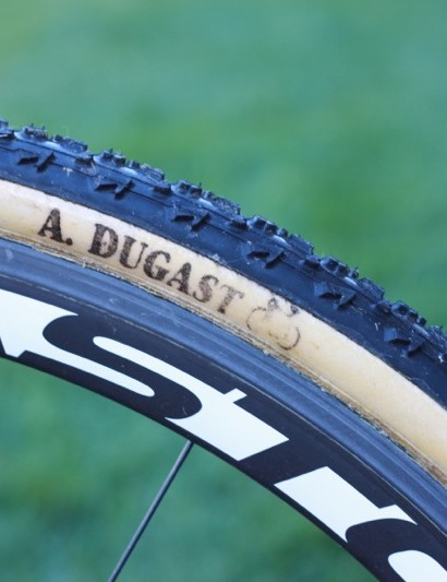 Powers' requested that the team ride Dugast tires as part of his contract