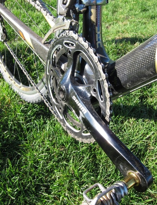 The S300 crank was spec'd with a 130bcd and proper 46-/38-tooth chainring ratio