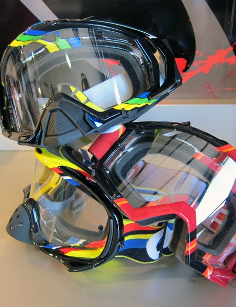Oakley's new Heritage Series of moto/downhill goggles features throwback colors and graphics