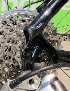 The sandwich-style rear derailleur hanger is stiffer and should provide slightly better shifting than ones that bolt to one side of the dropout