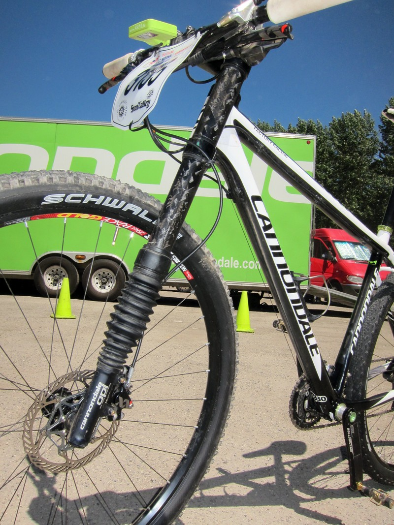 Jeremiah Bishop (Cannondale) gets the personal treatment on his Cannondale Lefty XLR fork