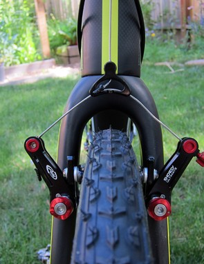 Clearance is pretty good through the ENVE Composites fork crown